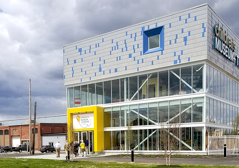 OceanView Residents Enter Children's Museum and Theater of Maine